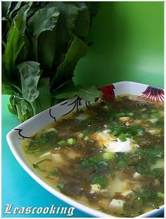 "Lea's Cooking: Green Chicken Soup (""Shavel"" Sorrel Soup)"