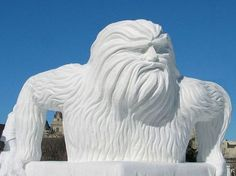 Amazing Snow Sculpture - The Quebec Winter Carnival , Nice n Funny