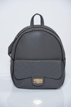 Comanda online, Rucsac gri din piele ecologica cu accesoriu metalic. Articole masurate, calitate garantata! Fashion Backpack, Back To School, Backpacks, Metal, Bags, Handbags, Backpack, Metals, Entering School