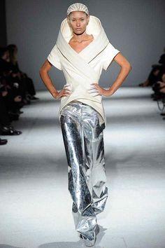 Paris Fashion Week A/W 14   Ysaunny Brito for Gareth Pugh