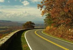 Two of America's Most Thilling Roads to Drive