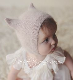Knit Cap Angora cap for baby knitting - Шапочка Kitty Cap из ангоры для малыша спицами – … Knit cap Angora baby kit with knitting needles – Modnoe Vyazanie … - Knitted Doll Patterns, Baby Hat Knitting Pattern, Baby Hats Knitting, Knitted Dolls, Knitting For Kids, Knitted Hats Kids, Kids Hats, Crochet Hats, Little Girl Outfits