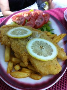 Veranda Restaurant, Greek Dishes, Fish And Chips, Refreshing Drinks, Homemade, Chicken, Ethnic Recipes, Food, Essen