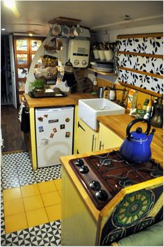 Narrowboat Kitchen, Narrowboat Interiors, Small Space Design, Small Space Living, Living Spaces, Barge Interior, Camper Interior, Van Living, Tiny House Living