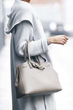 Classic handbag with a sweet bow | Sole Society Layton