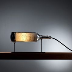 Tischlampen - Weinflasche Lampe: Patriot - ein Designerstück von DOworks bei DaWanda