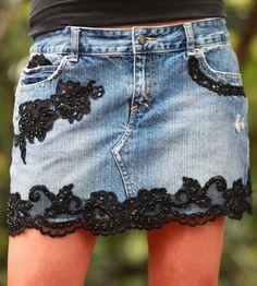 Distressed Mini Skirt:Love This Diy Clothing, Custom Clothes, Denim Fashion, Fashion Outfits, Diy Vetement, Denim And Lace, Lace Jeans, Denim Ideas, Denim Crafts