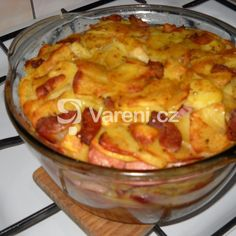 Zapečené brambory s kuřecím masem recept - Vareni.cz Poultry, Macaroni And Cheese, Potatoes, Chicken, Ethnic Recipes, Food, Backyard Chickens, Mac And Cheese, Eten