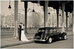 Vintage style wedding in Paris | Photography © Juliane Berry via French Wedding Style