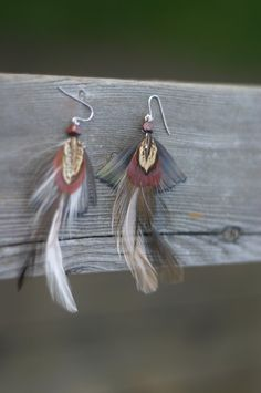 http://www.etsy.com/listing/79049119/whimsical-drop-native-feather-earrings $9.00 #jewelry #earrings #feathers #echochic #etsy