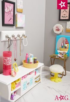 American girl bedroom ideas my girl doll room guest bedroom decorating ideas check more at american . American Girl Bedrooms, All American Girl Dolls, American Girl House, American Girl Furniture, Girls Furniture, American Girl Doll Pictures, American Girl Crafts, Doll Furniture, Muebles American Girl