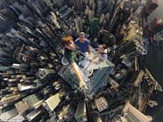 Adventurers scale Hong Kong's skyscrapers to take vertigo-inducing selfies