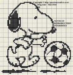 Cross Stitching, Cross Stitch Embroidery, Embroidery Patterns, Cross Stitch Patterns, Knitting Patterns, Beading Patterns, Beaded Snoopy, Pixel Art, Jouer Au Foot