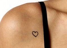 Ideias de tatuagens delicadas para homenagear os filhos