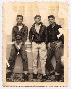 Teenagers, 1950s Repinned by www.lecastingparisien.com