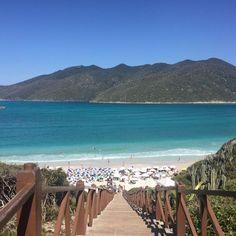 """Essa foto é de  Arraial do Cabo. Se você está curtindo muito o seu verão assim mande um ''"""" e se você está no escritório mande um """""""". E para todos de férias ou não um Feliz 2017!  Foto: @caastrro"""