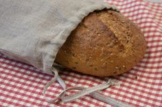 Since bread is best stored in a breathable, yet tightly woven linen, here's a DIY to make them.