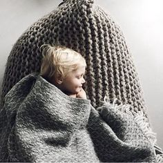 Looove this image!!! ✨ Thanks for sharing Jantine @aprilandmay  #nest #knittedbeanbag #zilalila