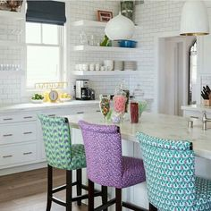 Prints and color scheme though kitchen stools, kitchen dinning, kitchen dec