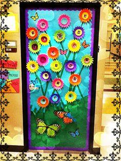 Soy Preescolar: #Ideas para #Decorados    #Creatividad para el Día de la #Madre: Prepara la puerta de tu salón para recibir a las mamitas de tus pequeños. Agrégale un gran letrero: ¡Felicidades, Mamá!. ツ    Enseñanza #Preescolar; #Manualidades para la #Escuela