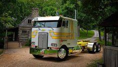 Untitled Freightliner Trucks, C10 Trucks, Peterbilt 379, Big Rig Trucks, Semi Trucks, Pickup Trucks, Lifted Trucks, Custom Big Rigs, Custom Trucks