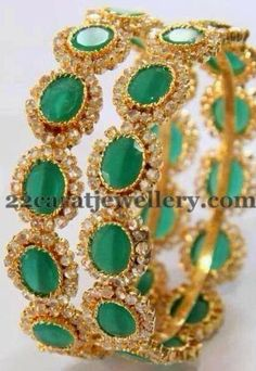 Jewellery Designs: Classic and Royal Emerald Bangles