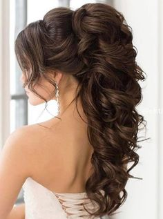 86 cool wedding hairstyles for the modern bride - Hairstyles Trends Hairdo For Long Hair, Wedding Hairstyles For Long Hair, Long Curly Hair, Curly Hair Styles, Long Hair Hairdos, High Curly Ponytail, Classy Hairstyles, Ponytail Hairstyles, Bride Hairstyles