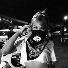 CL ( Lee Chae-rin) ★ 2NE1 's instagram update  (August 3, 2013)