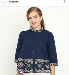 Batik Blazer, Blouse Batik, Batik Dress, Batik Fashion, Hijab Fashion, Mode Batik, Batik Kebaya, Blouse Models, Boutique Tops