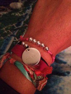 Bracelet en perles d'argent.