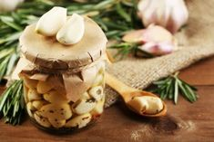 Что приготовить из чеснока на зиму – 5 рецептов необычных закусок   Статьи (Огород.ru)