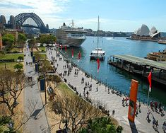We visited Sydney, Australia in 2000 during the Olympics. One of the highlights of our trip was going to the Circular Quay to see the Opera House and do some outstanding shopping! Australia Living, Sydney Australia, Australia Travel, Western Australia, Wonderful Places, Beautiful Places, Melbourne, Visit Sydney, Paisajes