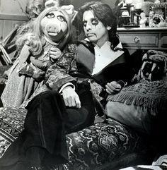 MISS PIGGY AND ALICE COOPER