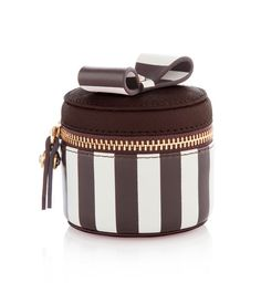 #obsessed with this ring box! http://rstyle.me/~44sN2