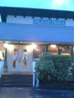 Island Pizza- BEST ever!  Sanibel Island, FL  I actually don't know this for sure but I'm pinning in case I get to go and find out.