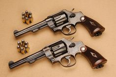 Smith And Wesson Revolvers, Smith N Wesson, Survival Equipment, Katana, Usmc, Funny Comics, Arsenal, Firearms, Hand Guns