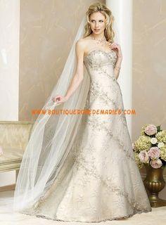 Robe de mariée dentelle et satin avec traîne  Robe de mariée ...