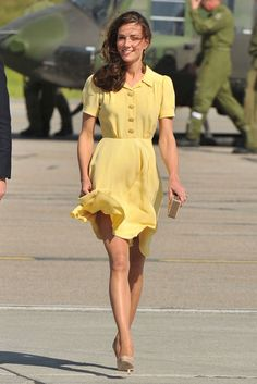 The Duchess of Cambridge in a stunning yellow summer dress, in the footsteps of Jackie Kennedy.