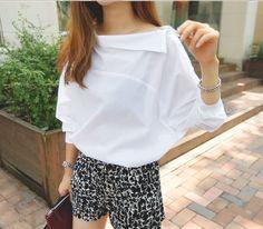 送料込 ¥1,980 韓国ファッション、変形シャツ、ワイシャツ、春コーデ、バットスリーブ   Rayca! New Look, Ruffle Blouse, Sleeves, Tops, Board, Women, Fashion, Moda, Women's