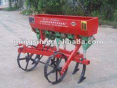 Afbeeldingsresultaat voor small tractor seeder