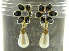 Black enamel and faux pearl dangle vintage by VogelHausVintage, $6.50 #vintage #flower