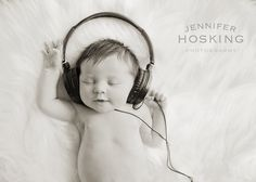 I think this is one of my fave newborn shots!