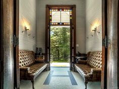 This former schoolhouse may look all Little House on the Prairie on the outside, but the inside is rustic modern perfection. Corkboard Decor, Old School House, Old House Dreams, Little Houses, Second Floor, Modern Rustic, A Boutique, Apartment Therapy, Beautiful Homes