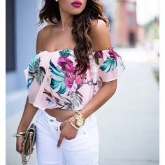 Love everything about this outfit. Floral crop top. Magenta, pink and white.