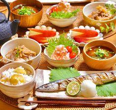 画像に含まれている可能性があるもの:食べ物 Food N, Food And Drink, Asian Recipes, Healthy Recipes, Dinner Sets, Japanese Food, Food Photo, Yummy Food, Lunch