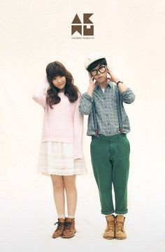 Akdong Musician say that YG doesn't interfere with their music | http://www.allkpop.com/article/2014/10/akdong-musician-say-that-yg-doesnt-interfere-with-their-music