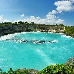 Cliff Jumping- Blue Lagoon, Nusa Ceningan, Bali