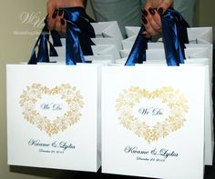35 Wedding Welcome Bags with satin ribbon handles Navy Blue and Gold Personalized paper gift bags fo Wedding Gift Baskets, Wedding Gift Bags, Wedding Favor Boxes, Wedding Favors For Guests, Destination Wedding Welcome Bag, Welcome To Our Wedding, Wedding Thank You, Paper Gift Bags, Paper Gifts