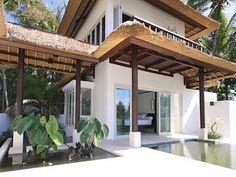 The pool at New Moon Villa, Ubud