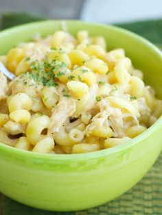 Slow Cooker Mac and Cheese with Garlic Chicken